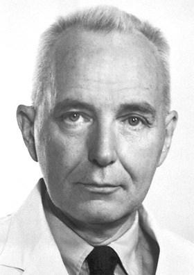 Charles Brenton Huggins, mendapat hadiah Nobel kedokteran tahun 1966 atas penelitiannya membuktikan efek terapi hormonal sistemik pada kanker prostat